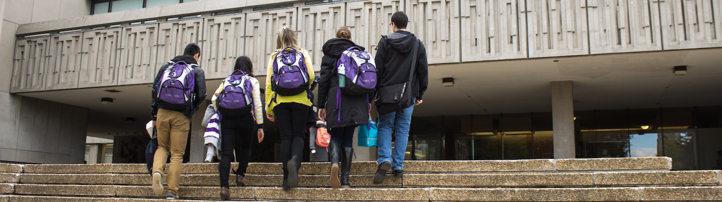 Students walking into the Medical Sciences Building